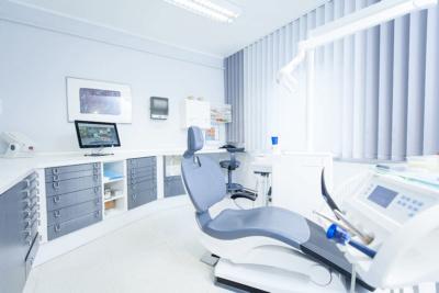 Zahnarztpraxis Müller & Lüttke in Kranichfeld, Praxis, Behandlungszimmer
